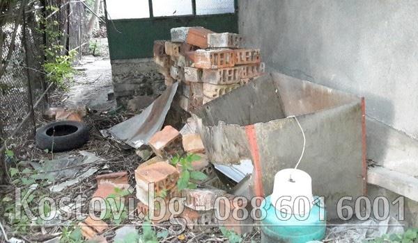 Извозване на строителни отпадъци от етаж или двор в София